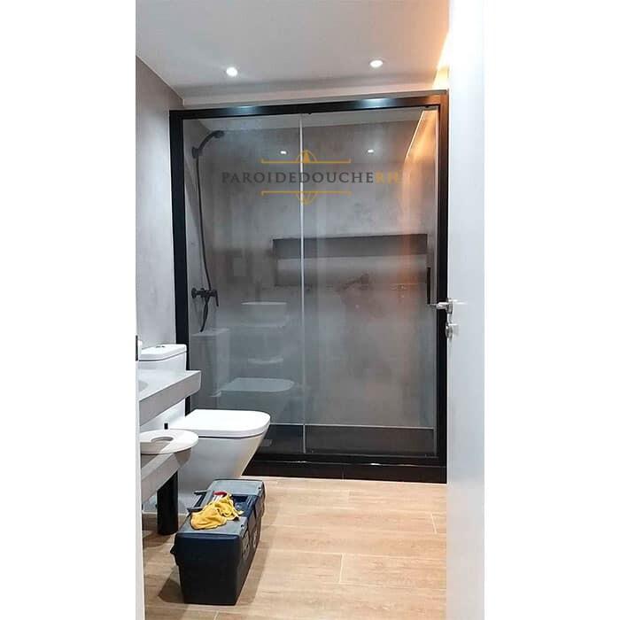 paroi-de-douche-noir-installation-rh1265