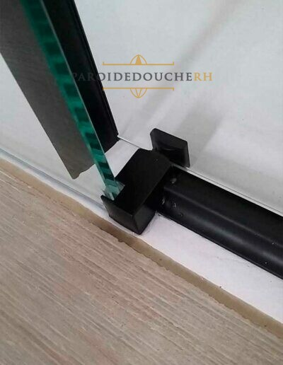 installation-paroi-de-douche-noir-rh1226n-2
