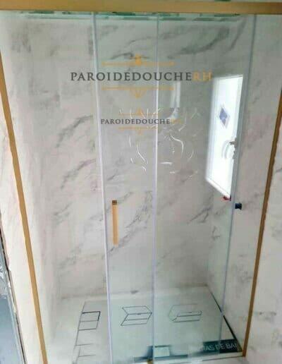 installation-paroi-de-douche-dore-rh1114-1