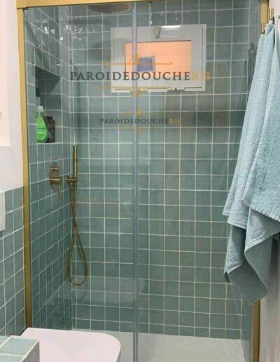 installation-paroi-de-douche-dore-rh1114