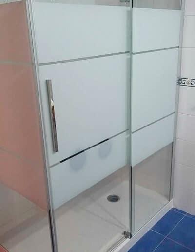 installation-paroi-de-douche-rh1691