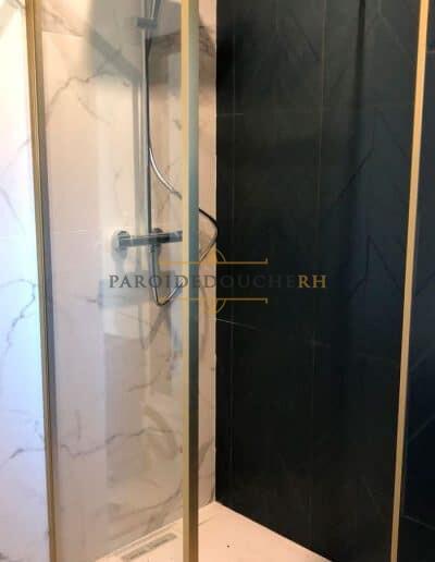 installation-paroi-douche-dore-fixe